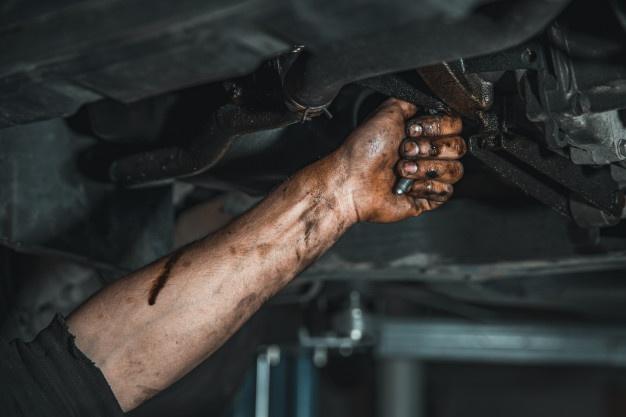 Nghề sửa xe ô tô dưới góc nhìn của người thợ đang làm ở Úc.jpg